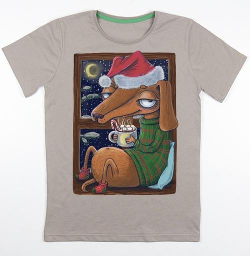 Футболка мужская св. коричневый 180гр - Уютный новогодний пес