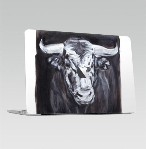 Наклейка на Ноутбук Macbook Pro 2016-2018 – Macbook Pro Touch Bar (с яблоком ) Бык белый,  купить в Москве – интернет-магазин Allskins, новый год, телец, белый, бык, животные
