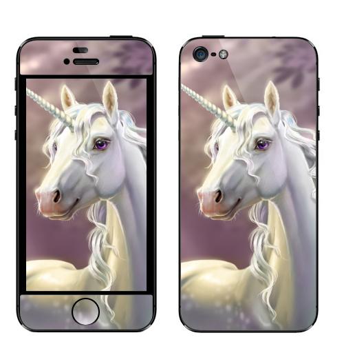 Наклейка на Телефон Apple iPhone 5 Единорог в лесу,  купить в Москве – интернет-магазин Allskins, единорог, лошадь, рог, рогатый, клякса, грива, лес, фонарь