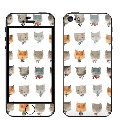 Наклейка на Телефон Apple iPhone 5 Котитки девять,  купить в Москве – интернет-магазин Allskins, лев, снег, подарки, серый, животные, зверушки, кошка, кошка, кошка