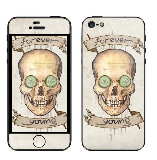 Наклейка на Телефон Apple iPhone 5 Forever young (вечно молодой),  купить в Москве – интернет-магазин Allskins, english, череп, хэллоуин, графика, улыбка, надписи, прикол